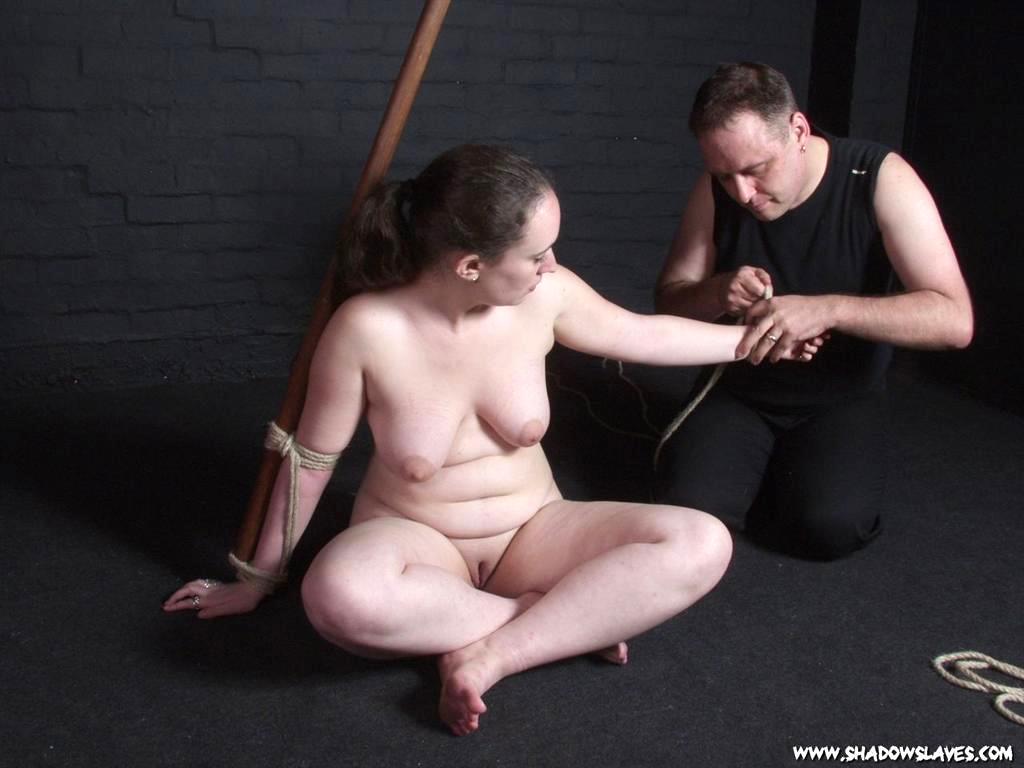 Fat lady falls off stripper pole - YouTube